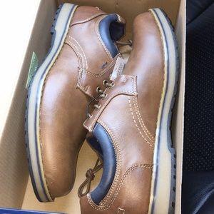 Izod Brown dress shoes